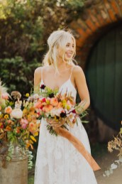 A Glowing Styled Bridal Shoot at Skipbridge Country Weddings (c) Freya Raby Photography & Kayleigh Ann Photography (16)