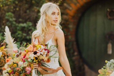 A Glowing Styled Bridal Shoot at Skipbridge Country Weddings (c) Freya Raby Photography & Kayleigh Ann Photography (17)