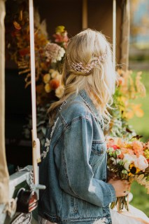 A Glowing Styled Bridal Shoot at Skipbridge Country Weddings (c) Freya Raby Photography & Kayleigh Ann Photography (23)