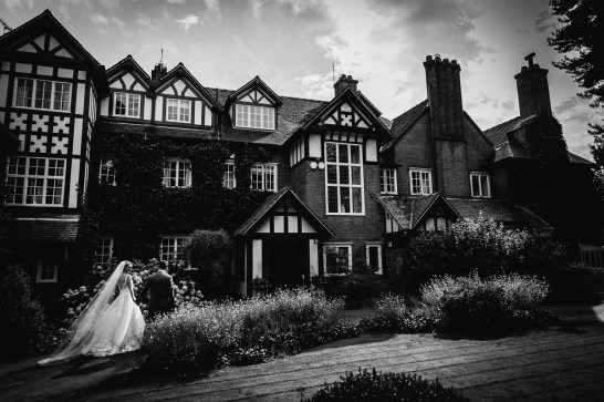 A Pretty Party Wedding in Cheshire (c) Lee Brown Photography (49)