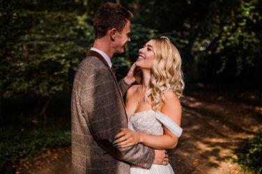 A Styled Woodland Wedding Shoot at Hazlewood Castle (c) Anna Beth Photography (10)