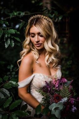 A Styled Woodland Wedding Shoot at Hazlewood Castle (c) Anna Beth Photography (18)