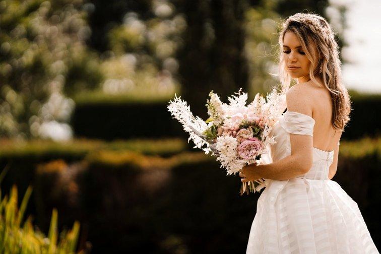 Campervan Wedding Shoot at Burton Manor wit Bellissima Brides (c) Madison Picture (92)