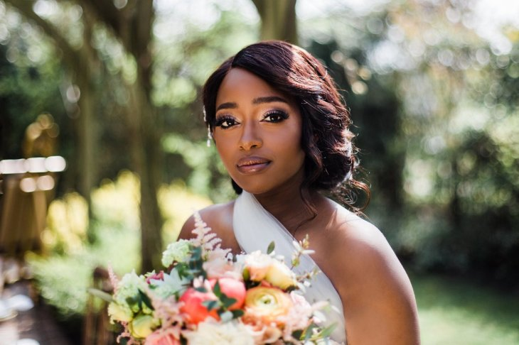 Living Coral Styled Wedding Shoot (c) Anna Beth Photography (2)