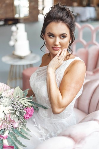 A Blush Wedding Styled Shoot at Bunny Hill Weddings (c) Littles & Loves By Francesca (6)