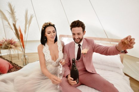 A Festival Wedding Shoot at Simply Fields (c) Jules Fortune Photography (17)