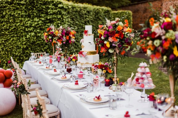 A Pretty Pink Wedding Styled Shoot at Saltmarshe Hall (c) Anna Beth Photos (4)