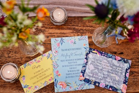 A Colourful Festival Wedding Shoot at The Wellbeing Farm (c) Jules Fortune Photography (5)