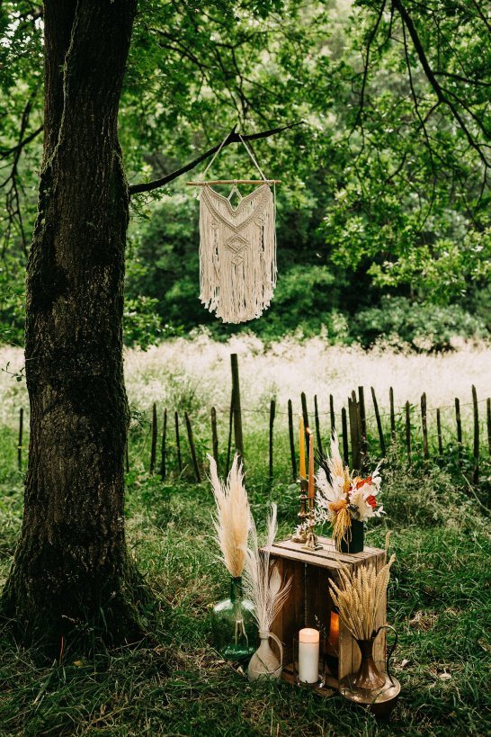 A Rustic Micro Wedding Shoot (c) Emilie May Photography (40)