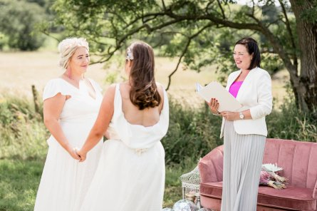 Pastel Glitztival - A Festival Wedding Styled Shoot (c) Charlotte Palazzo Photography (12)