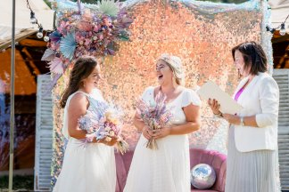 Pastel Glitztival - A Festival Wedding Styled Shoot (c) Charlotte Palazzo Photography (7)