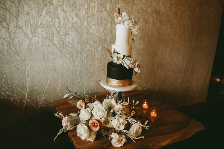 Luxe Rustic Wedding Shoot at The Grand Lodge at Oaklands (c) Louise Pollitt Photography (13)