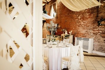 An Eclectic Wedding Shoot at Elsham Hall (c) Jasmine Cottage Studio (10)