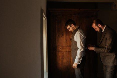 A Rustic Wedding at Hazel Gap Barn (c) The Georges (3)