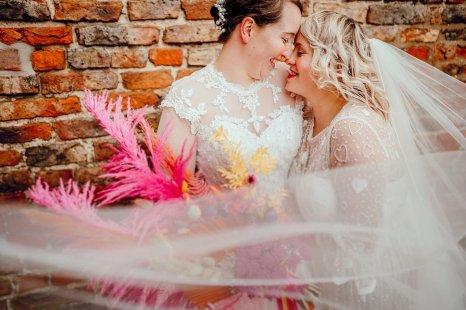 A Colourful Wedding at Barmbyfield Barns (c) Hamish Irvine Photographer (68)