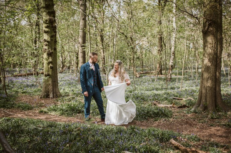 A Rustic Wedding In Loversall (c) Hannah Brooke Photography (76)