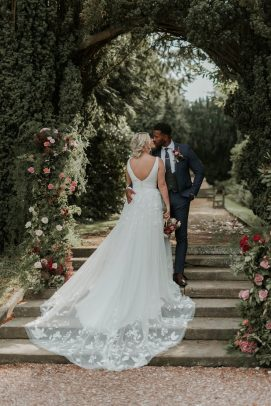 An Autumn Wedding Inspiration Shoot at The Orangery Ingestre (c) Sophie Mort (25)