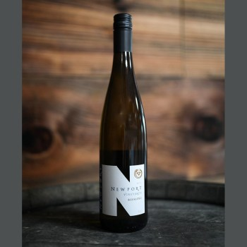 NEwport Vineyards Riesling