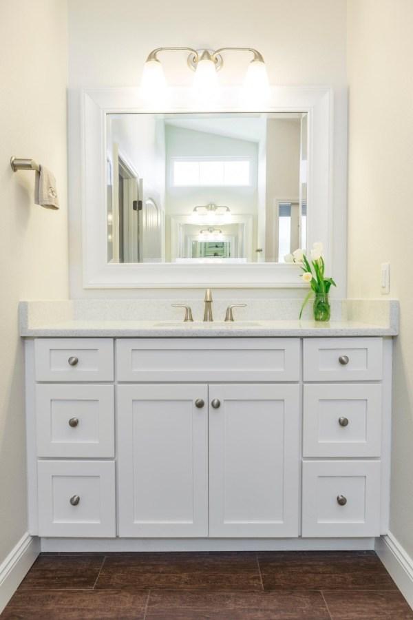 Stunning Shaker Style Bathroom Vanity Model