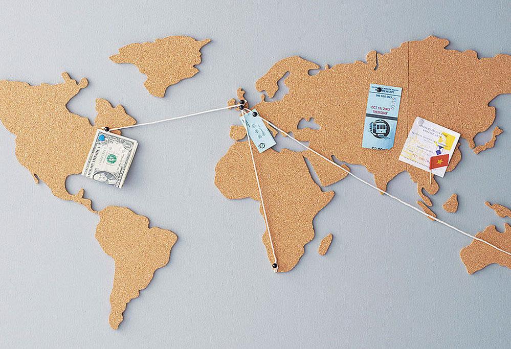 Travel gift ideas - corkboard map