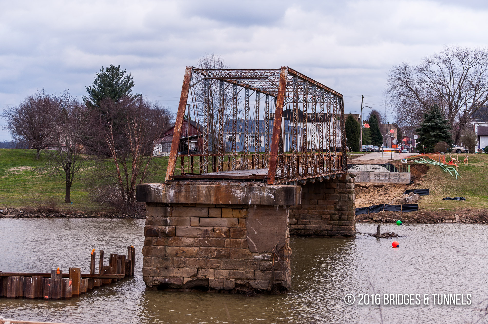 Greenup Bridge (Old US 23)