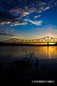 Carl D. Perkins Bridge (Truck US 23)