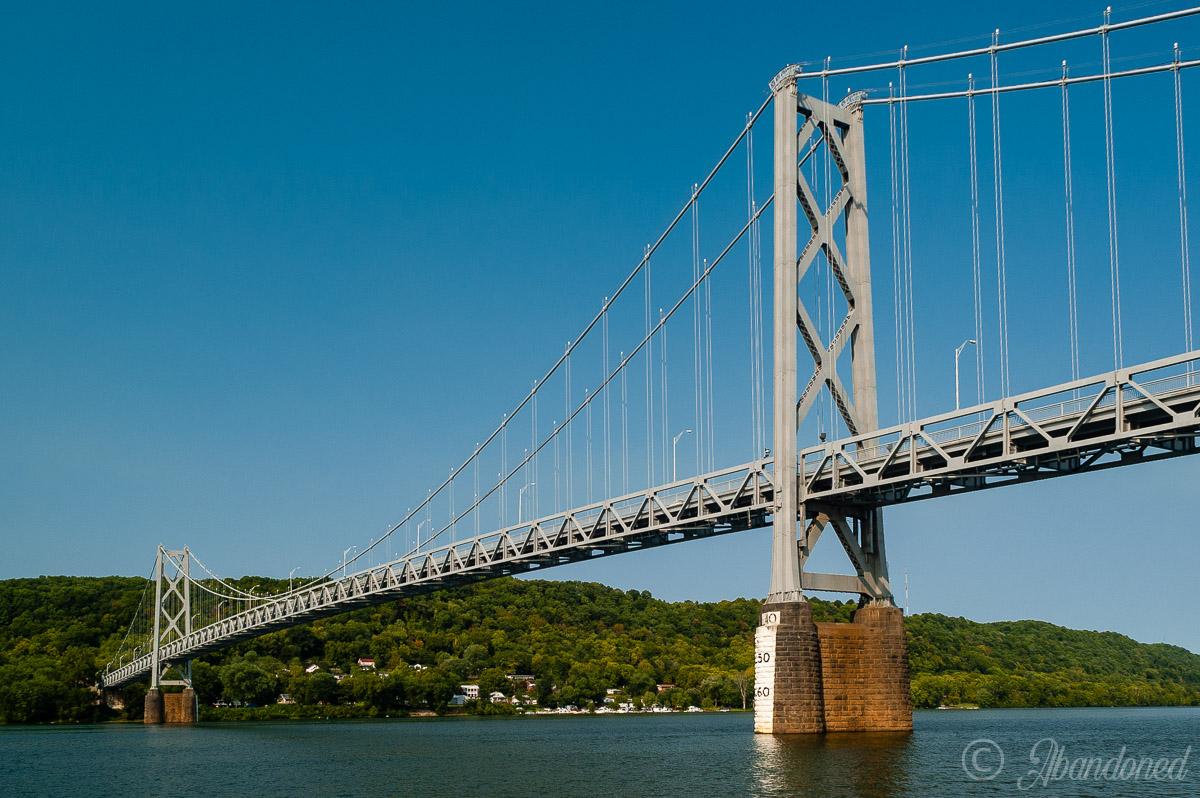Simon Kenton Suspension Bridge