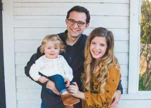 I am a follower of Jesus, married to my college sweetheart, and mama to a bright eyed baby girl. In this space I share the big things and the small things from our journey through the seasons!