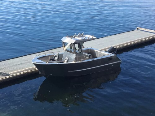 small resolution of center console boat