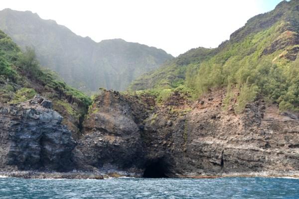 Na Pali Coast Sea Caves Tour