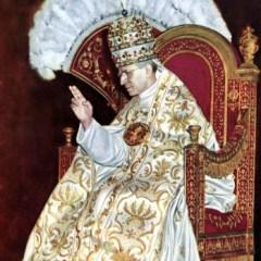 Papst Pius XII bei seiner Krönung 1939, Bild: Joachim Specht, Wikipedia