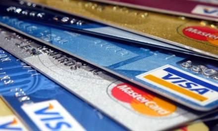 La pénurie de puces pourrait affecter la production de cartes bancaires