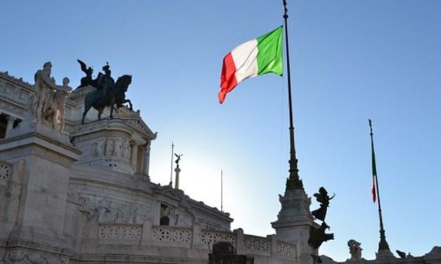 CRÉDIT AGRICOLE S'OFFRE LA BANQUE ITALIENNE CREVAL POUR ENVIRON 785 MILLIONS D'EUROS
