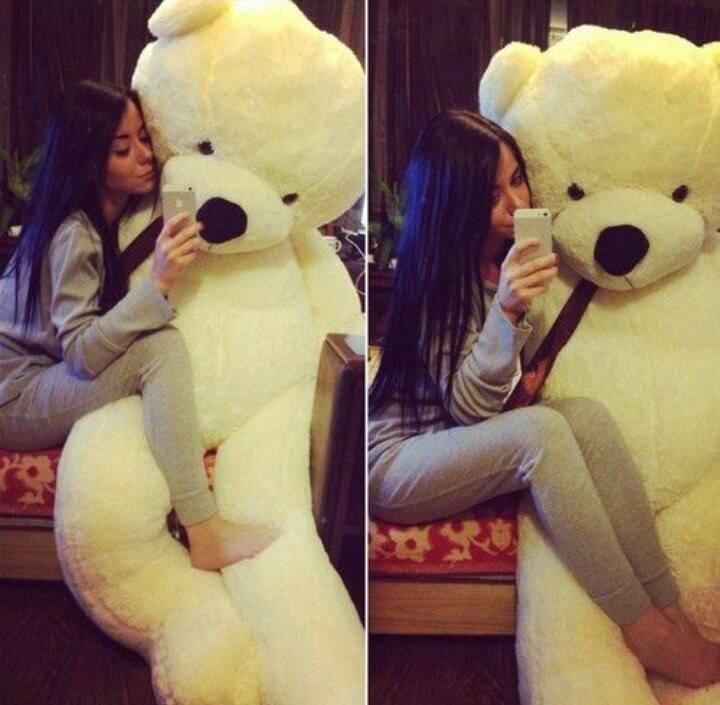 Big Teddy Bear The Perfect Romantic Gift Idea For