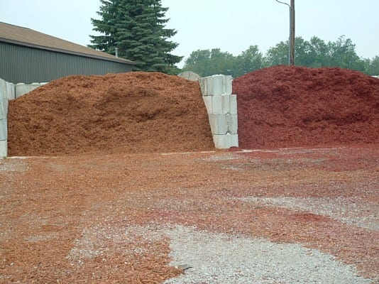 gold mulch and red - briggs