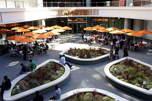 TASTE at FIGat7th is becoming one of the hottest spots for lunch in Downtown LA