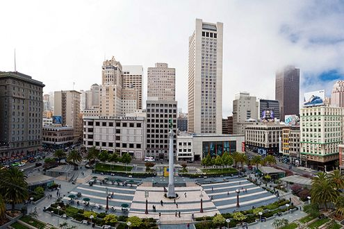 Union Square in SF is only half the size of Pershing Square (2.6 acres compared to 5 acres) and is open and vibrant (Photo: Michael Walzman)