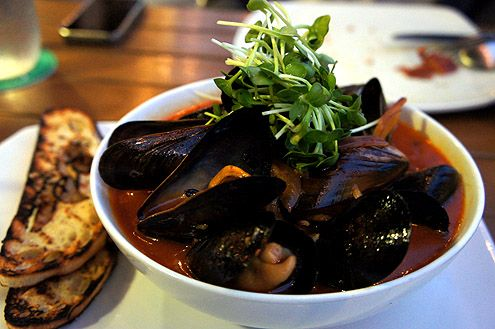 Mussel in Ox-Tail Soup