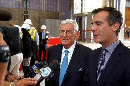Eli Broad and LA Mayor Eric Garcetti speak to the media about the new museum