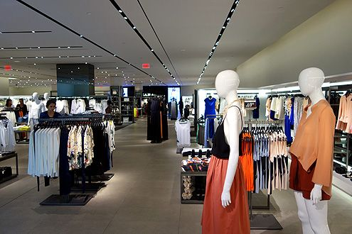 Another view of the sprawling Zara women's store with the Classic Women's Collection in the front of the store