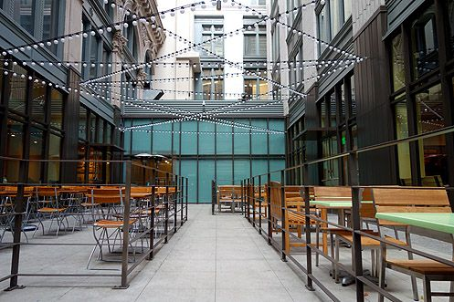 Or you can opt to sit outside in the new dining courtyard (Tender Greens on the right and Le Pain Quotidien on the left)