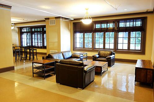 A brand new lounge area above the lobby