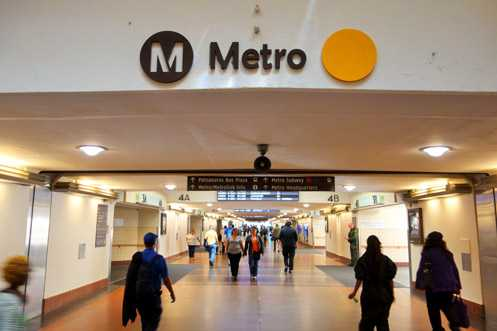New signage for Metro's Gold Line