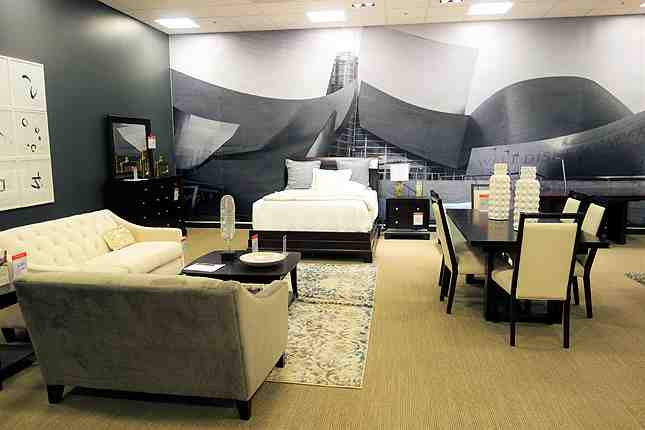 A new sprawling home furnishing department has been added to Macy's Downtown LA (love the DTLA artwork!)