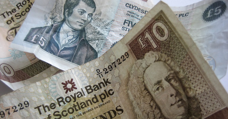 Scottish £5 and £10 note