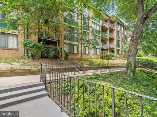 Property for sale at 511 Armistead St N #102, Alexandria,  VA 22312