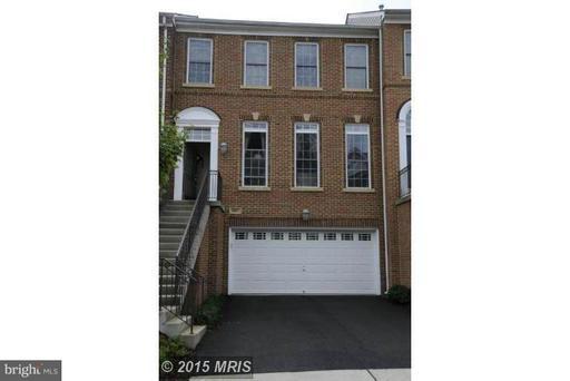 Property for sale at 9967 Cyrandall Dr, Oakton,  VA 22124