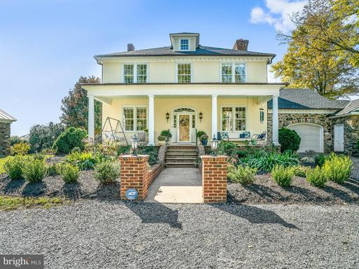 Property for sale at 35175 Snickersville Tpke, Round Hill,  VA 20141