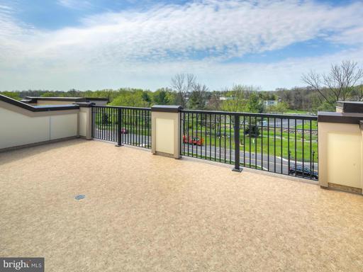 Property for sale at 403 Kornblau Ter Se, Leesburg,  VA 20175