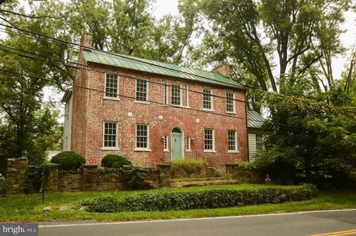 Property for sale at 408 E Washington St, Middleburg,  VA 20117